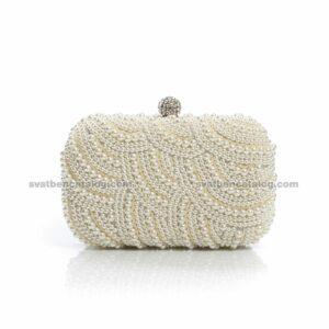 Сватбен клъч с перли