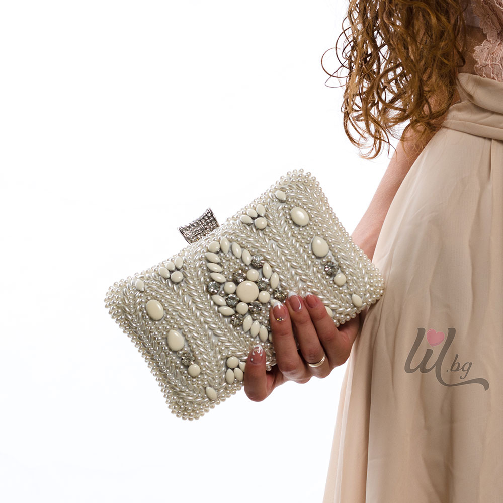 Чанта с камъни
