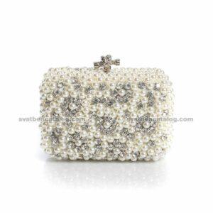Луксозна чанта с перли