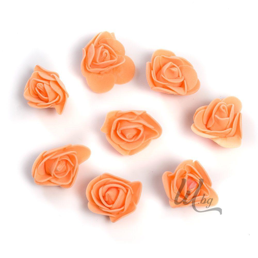Големи оранжеви рози за декорация