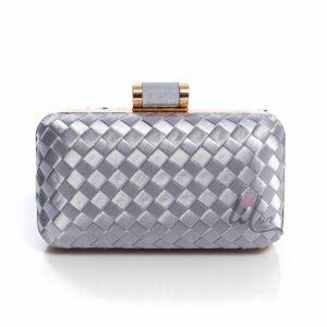 Сребриста чанта на квадратчета