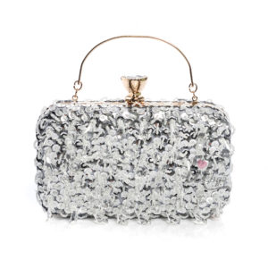 екстравагантна чанта