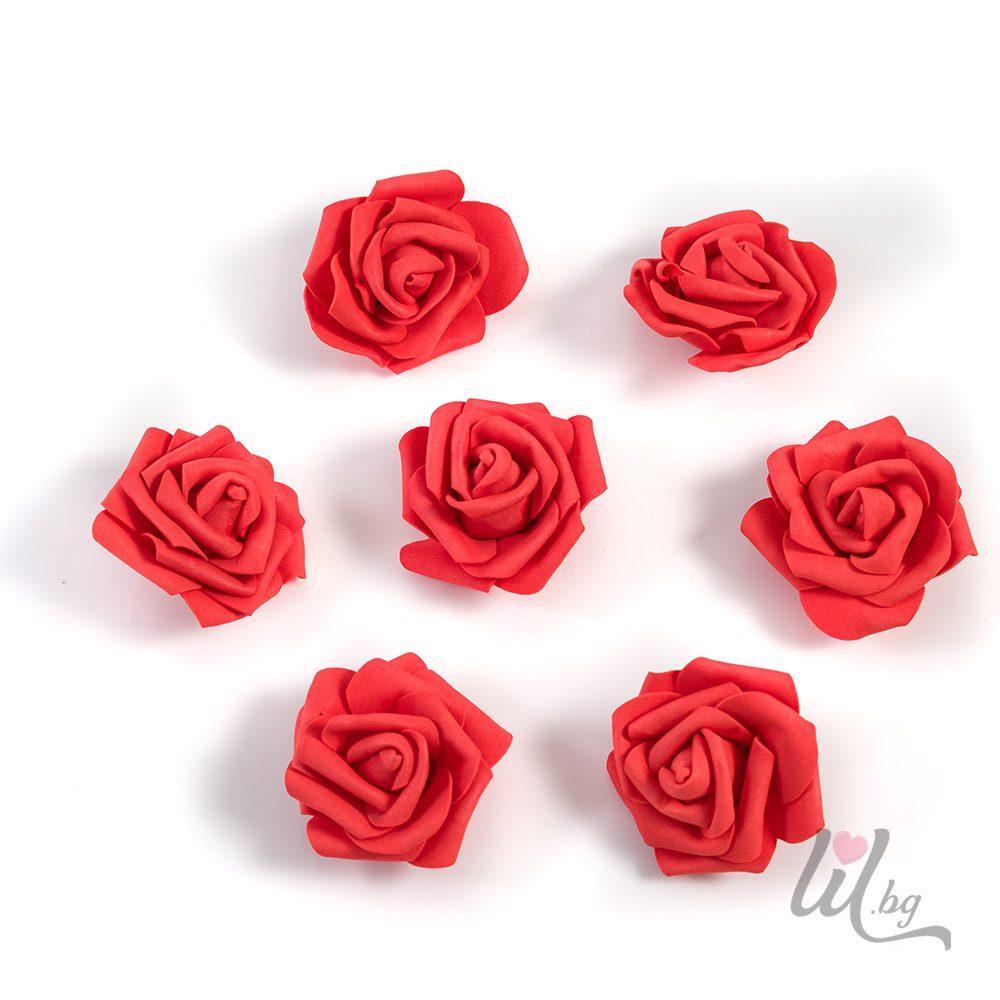 Големи червени рози