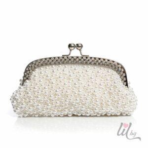 Бяла булчинска чанта с перли