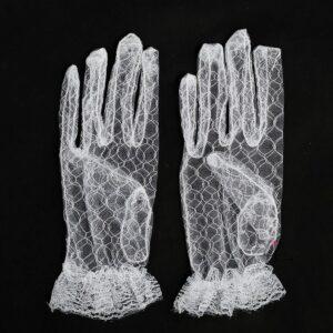 Бели дантелени ръкавици